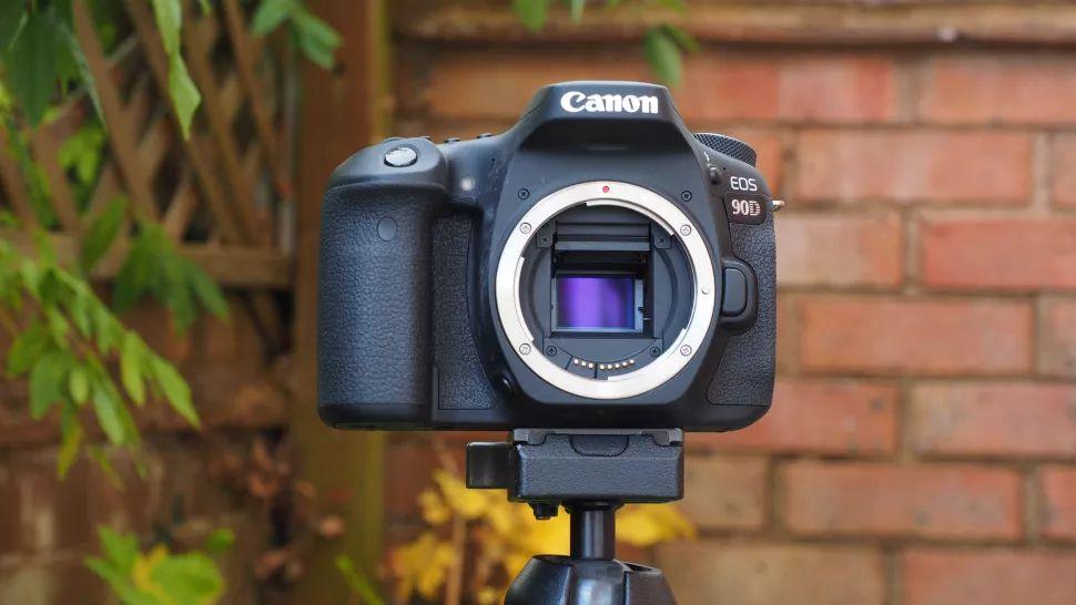 دوربین کانن Eos 90D