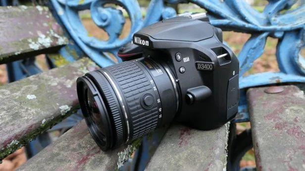 Nikon D3400 2 3