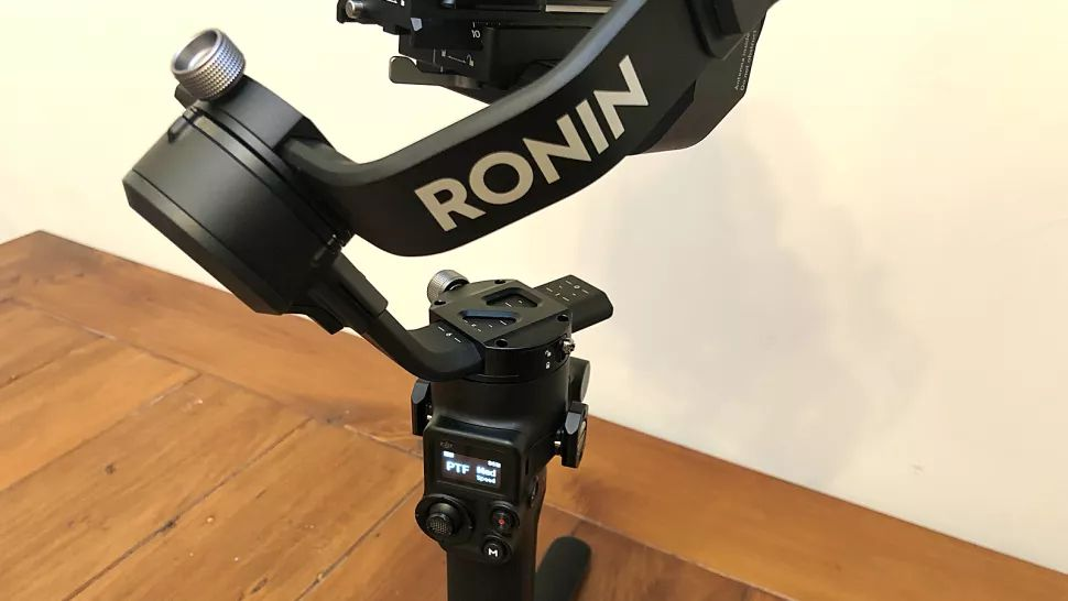 لرزشگیر دوربین دی جی آی RSC 2