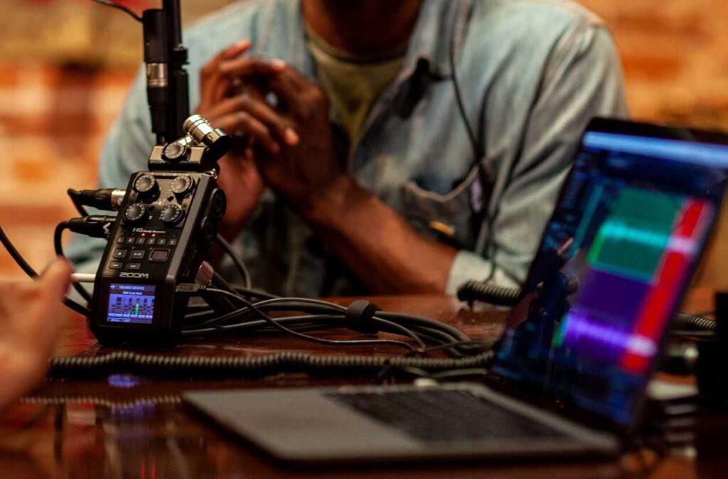 پورت USB و انتقال صدا های ضبط شده به کامپبوتر با رکوردر حرفهای صدا زوم Zoom H6